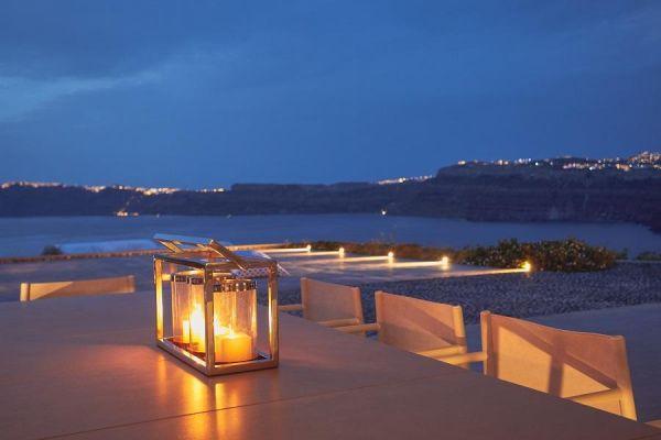 2439-santorini-hotel-photographerA107F0BC-F5B0-AD09-4A1D-C4CF64A42CDA.jpg